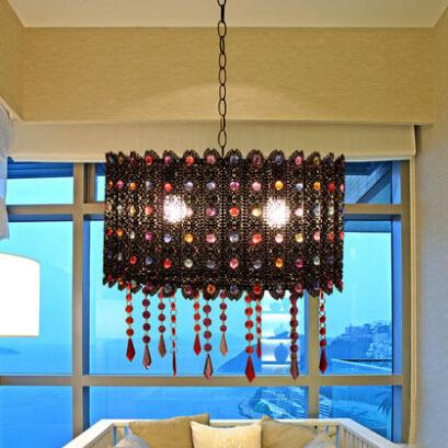 quel lustre choisir pour votre salon incontournabledeco. Black Bedroom Furniture Sets. Home Design Ideas
